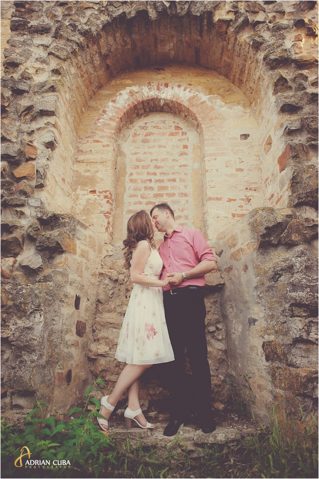 Sedinta foto logodna realizata de fotograf nunta Iasi Adrian Cuba, sesiune foto inainte de nunta,007