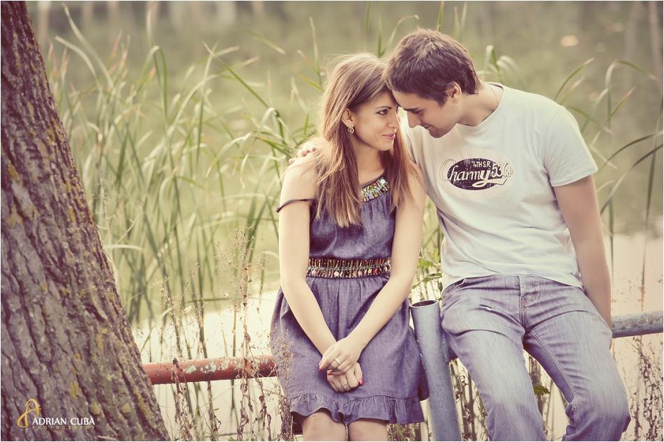 Sesiune foto logodna realizata de fotograf nunta Iasi Adrian Cuba, 038