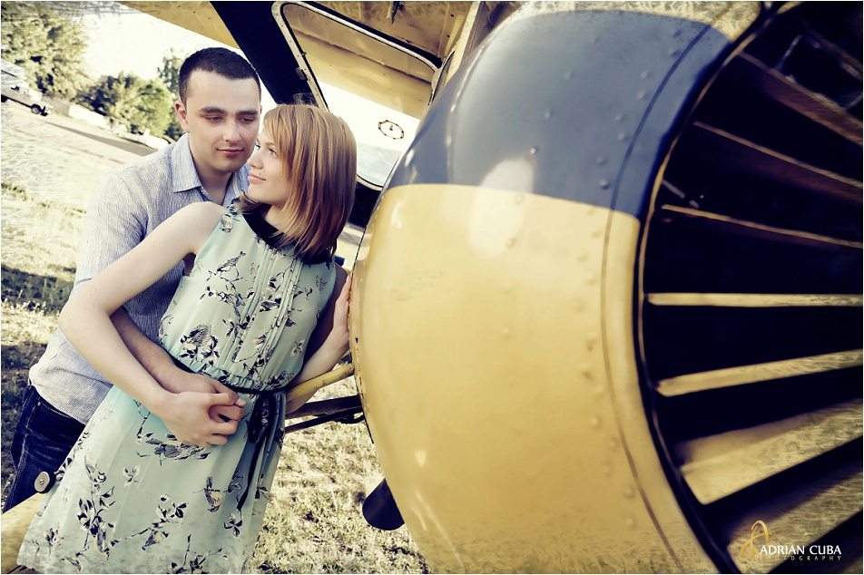 Sedinta foto logodna realizata de fotograf nunta Iasi Adrian Cuba, sesiune foto inainte de nunta,043