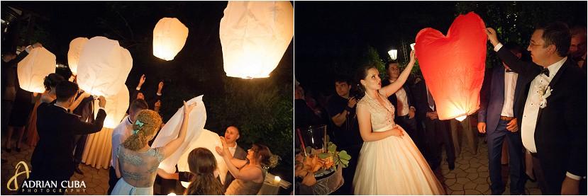 fotografie nunta Iasi, lampioane miri la restaurantul Bellaria