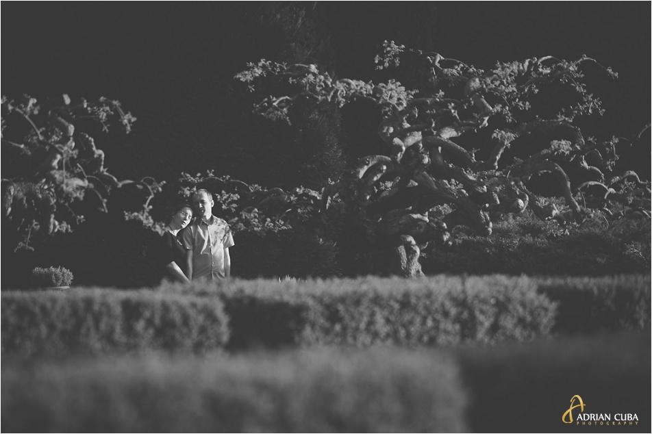 Sedinta foto logodna in Gradina Botanica din Iasi, realizata de fotograf Adrian Cuba, cu Iudita si Sergiu, 10