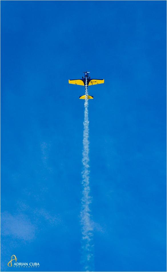 Acrobatie aeriana in cadrul AeroNautic Show Iasi