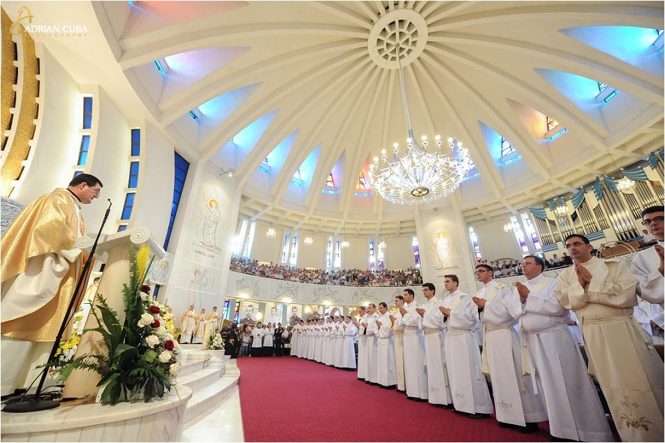 29 diaconi au fost hirotoniti preoti la Catedrala catolica Iasi, in anul 2014