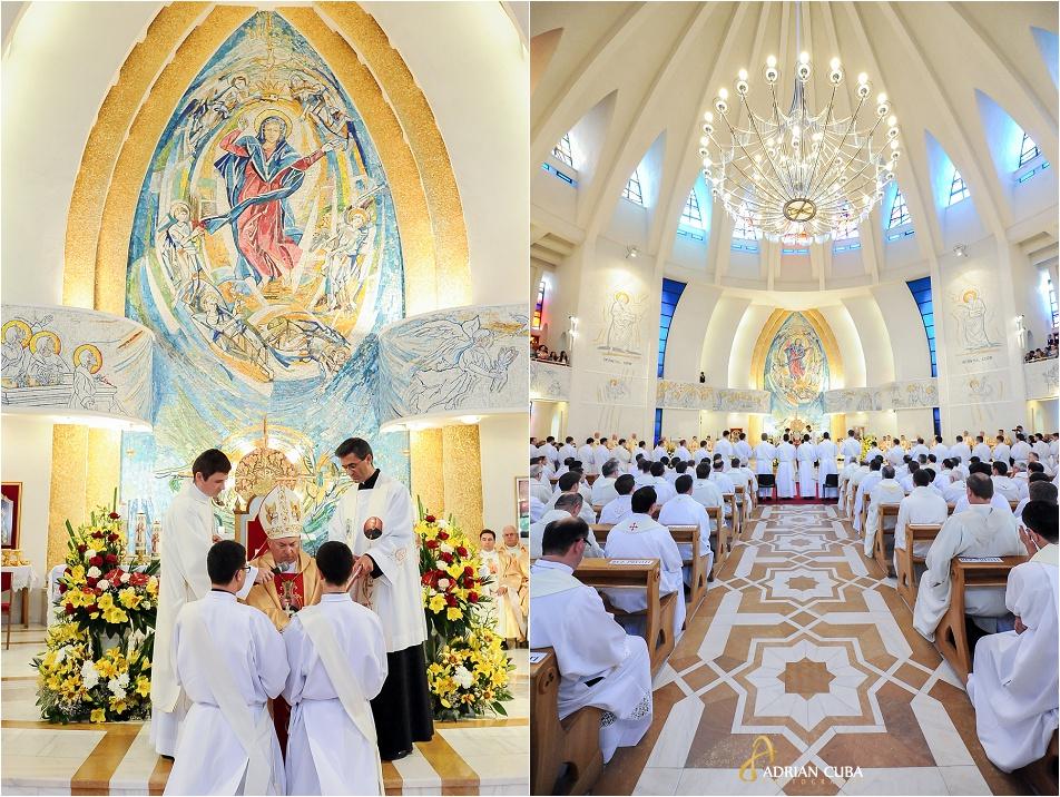 PS Petru Gherghel participa la slujba de sfintire a 29 preoti, Iasi 2014
