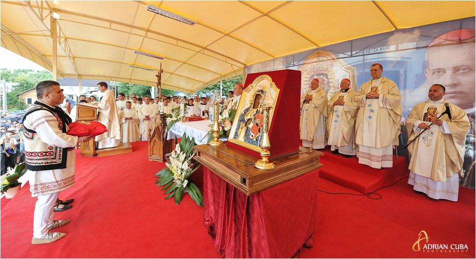 Icoana de la Cacica, liturghia hramului