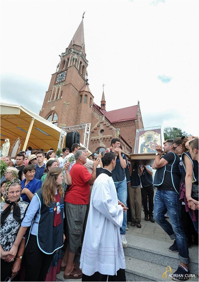 Cacica, procesiunea icoanei Preacuratei Fecioare Maria