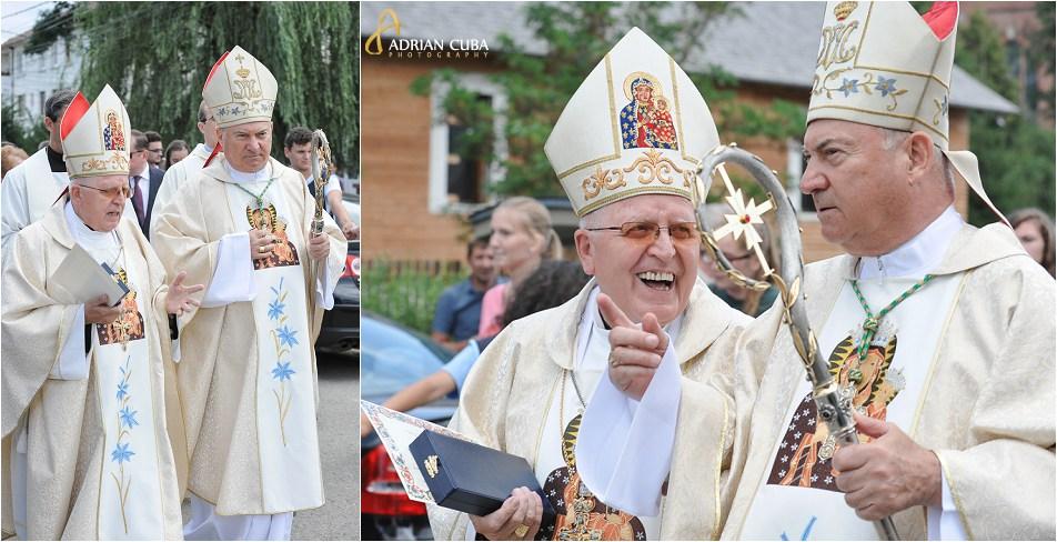 ÎPS Stanisław Nowak, arhiepiscop de Częstochowa (Polonia) si PS Petru Gherghel, episcop de Iasi.