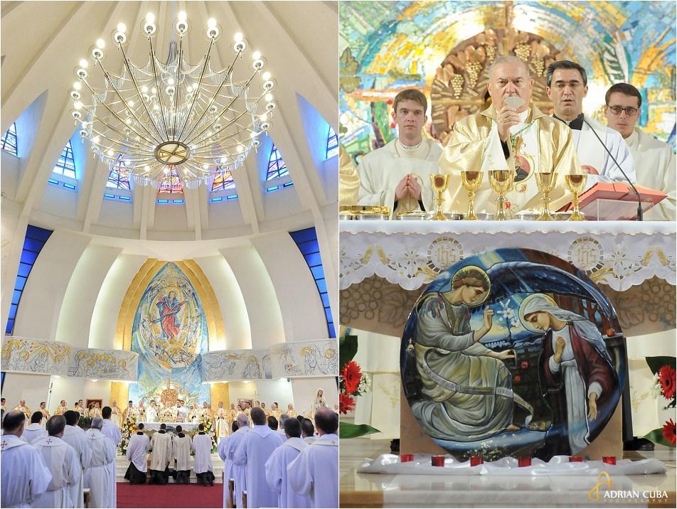 Sarbatoarea Neprihanitei Zamisliri, in catedrala catolica din Iasi, slujba de sfintire a 13 diaconi de catre PS Petru Gherghel