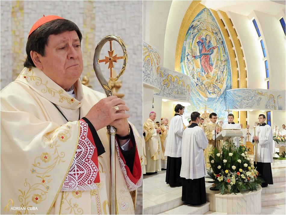 Cardinalul Joao Braz de Aviz in catedrala catolica din Iasi.