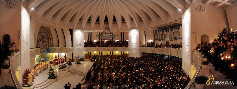 "Pastele catolic in catedrala ""Sfanta Fecioara Maria, Regina"" din Iasi"