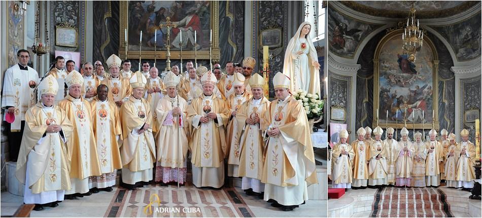 PS Petru Gherghel alaturi de episcopii prezenti la aniversarea a 25 ani de episcopat.