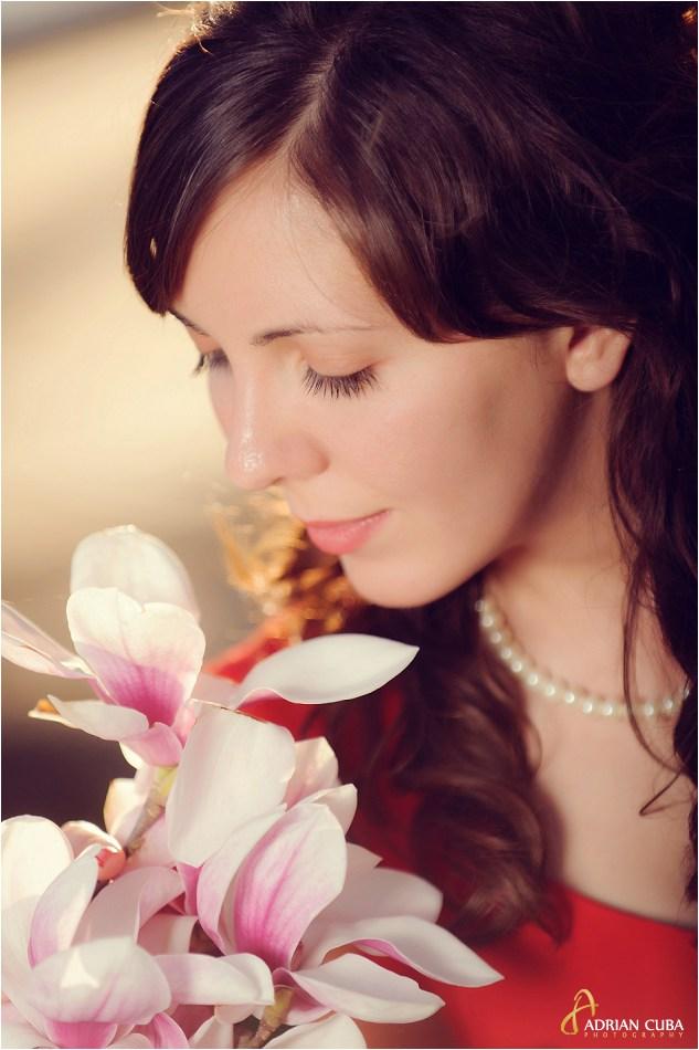 Portret de tanara la sesiune foto logodna Iasi